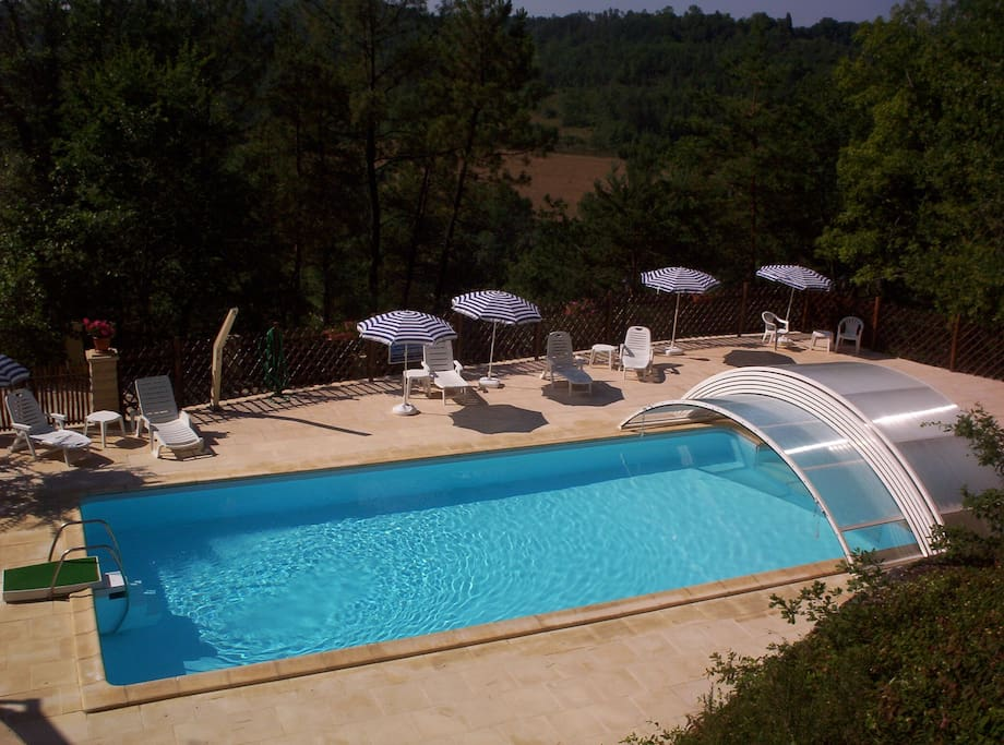 Large, shared pool (4 properties)heated and can be covered.