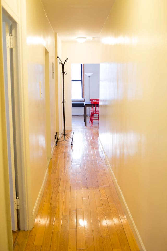Lovely room in 2 bedroom apartment