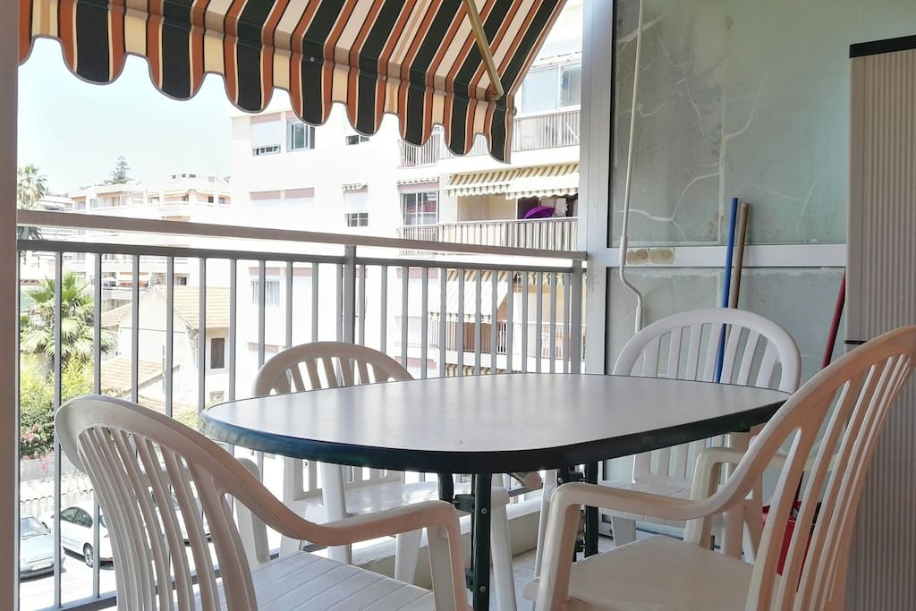 Terrasse (ancienne table)