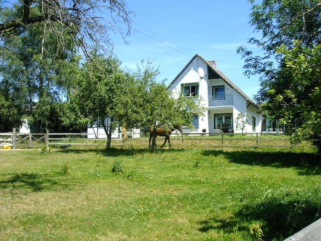 Gästehaus Christa - Buchholz - Rumah Tamu