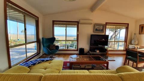 Island & Sea Views: Getaway Cottage@ Cape Jervis