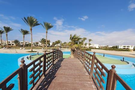 Ras Sedr Paradise Resort Ground Sea-Pool View