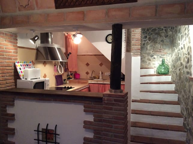 Beautifully decorated, comfy village house - Canillas de Aceituno
