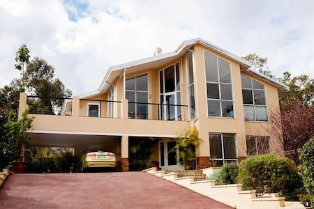 Perth Hills Escape - Peace & Quiet - Darlington - Ev