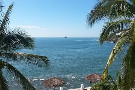 Spectacular Waterfront View - Manzanillo - Appartement en résidence