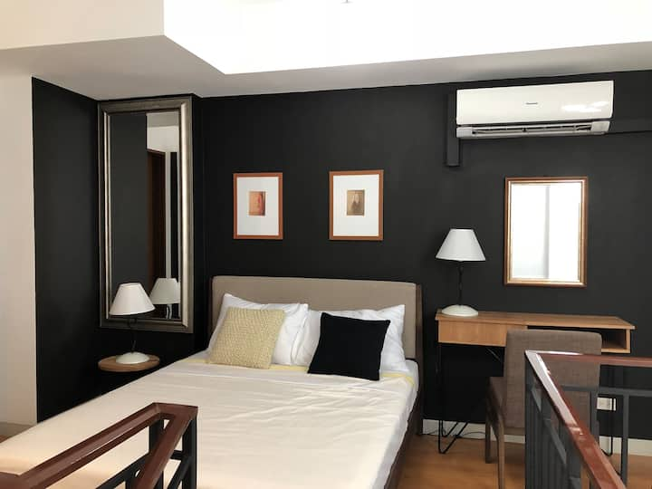 Modern Studio Loft Unit near Greenbelt Mall