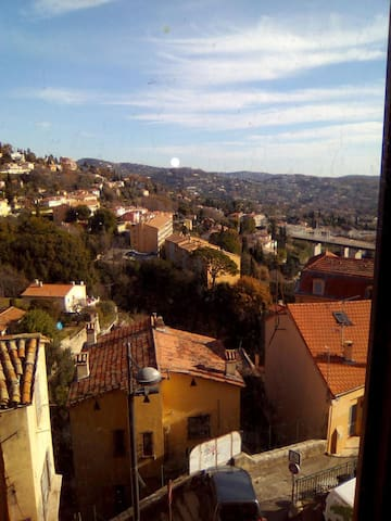 Chambre proximité centre ville Grasse