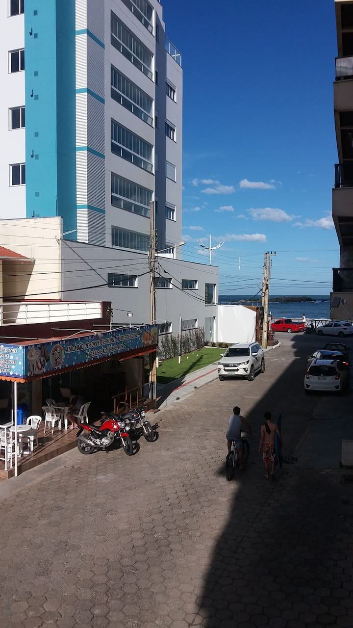Apartamento praia Gravatá Navegantes Beto Carrero.