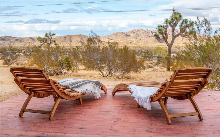 Casa Linda Joshua Tree Near Park + View!