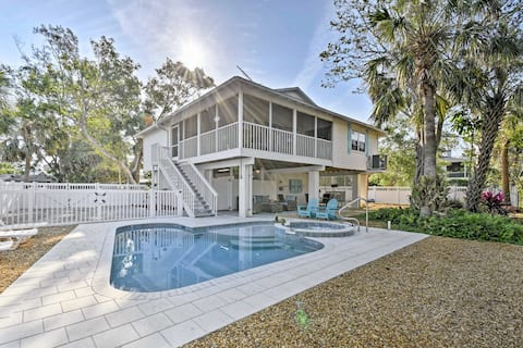 Canalfront Anna Maria Cottage w/ Pool & Hot Tub!