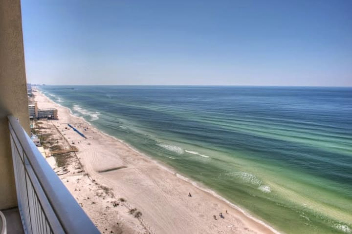 Emerald Beach 1BR/bunk/2BA King Bed West End of PCB Free Fun Included with Rental Gulf Front - Panama City Beach - Lyxvåning