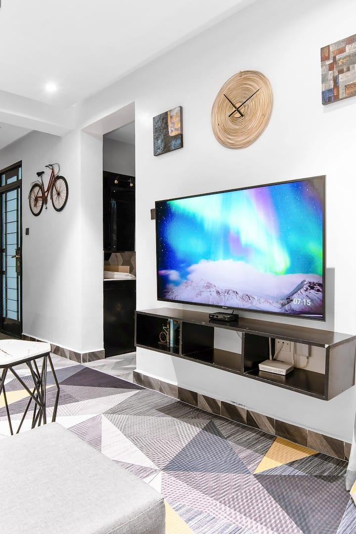 Small Modern Minimalist Apartment in Nairobi