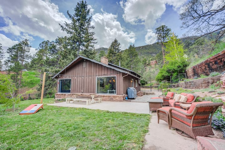 ☀4BR Mountain Getaway☀ Pikes Peak, Dog-Friendly!