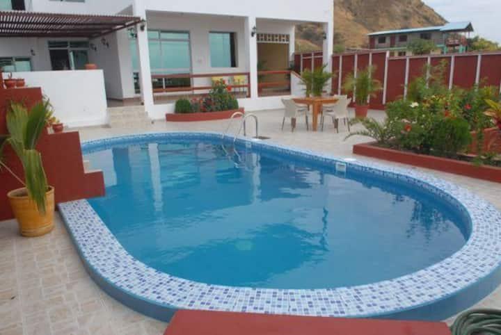 Casa Don Bernhard, piscina & a 1 Min de la playa
