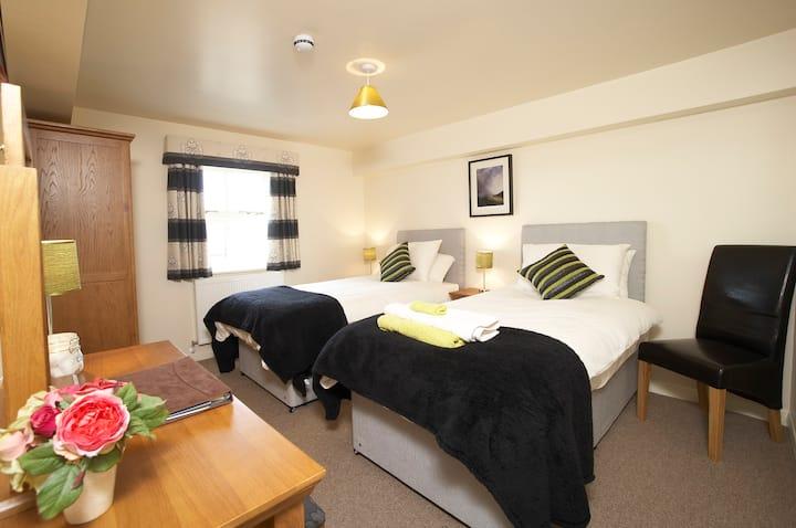 Highfield Farm - Hutton Room