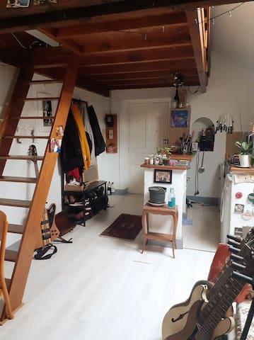 Studio Atypique sur les Quais de Sâone