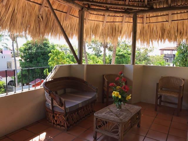 Acogedora palapa privada cerca de la playa