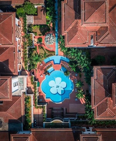 Swimming Pool from bird eye's view! Stunning..