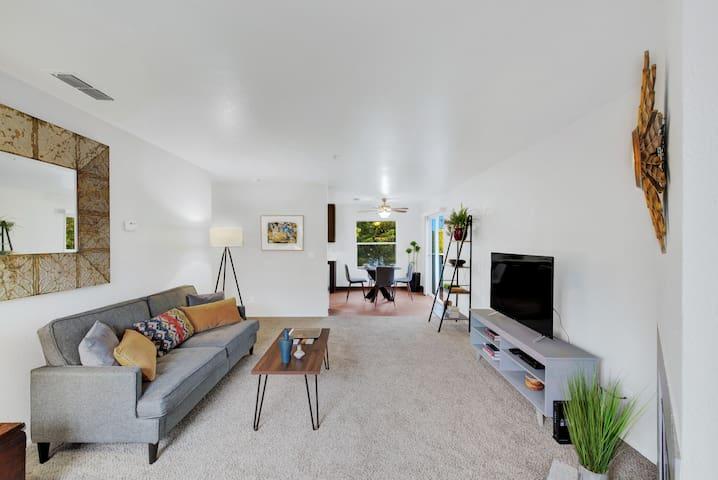 Spacious & Light Fairfield Apartment