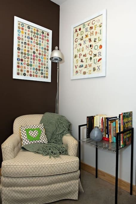 Catch up on some R&R&Reading in this sweet li'l nook in your private room.
