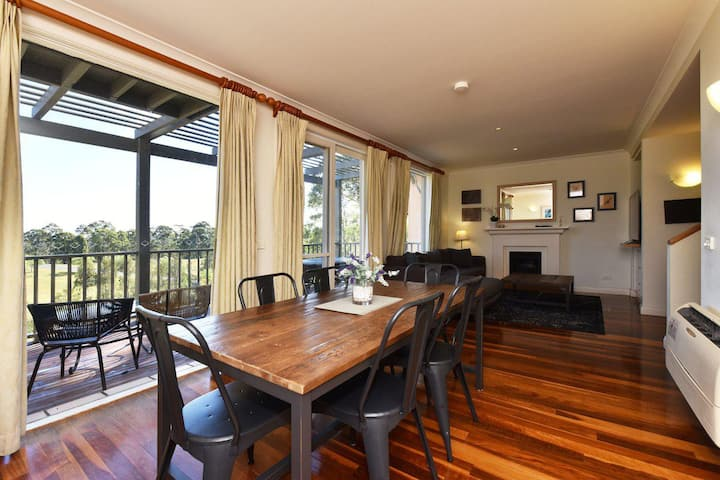 Villa Executive 2br Ferre Resort Condo located within Cypress Lakes Resort (nothing is more central)