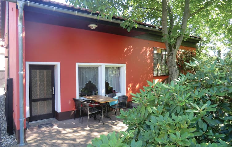 Holiday cottage with 1 bedroom on 40 m² in Lohmen/Ot Doberzeit