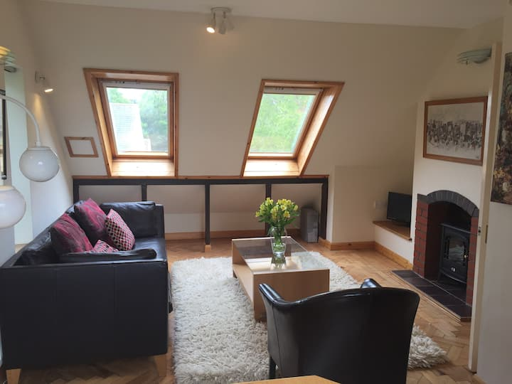 Comfortable spacious 2 bed apartment