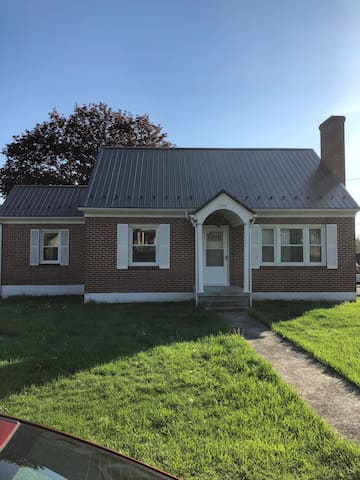 Wytheville 1 bedroom 1 bath