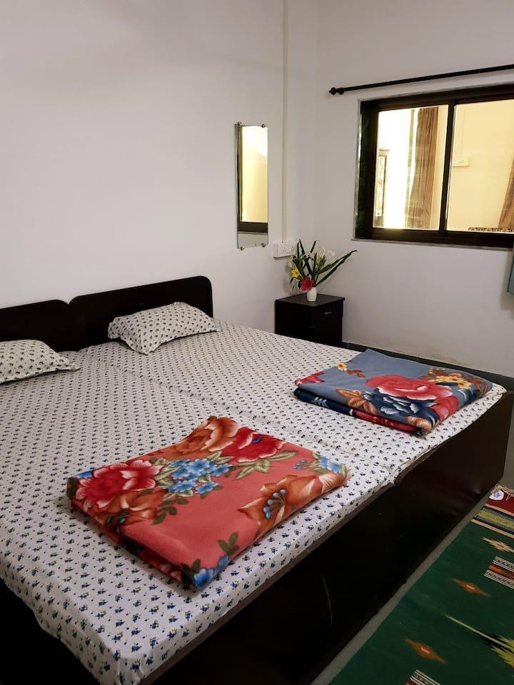 Nirvana River Retreat - Bedroom 2 in Cottage