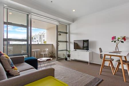 Ponsonby Chic 1 Bedroom Apartment