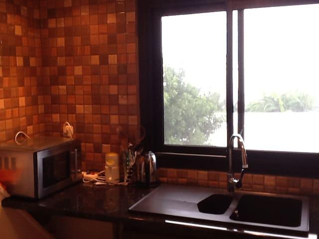 Appartement pres de la mer - Le Bernica - Apartment