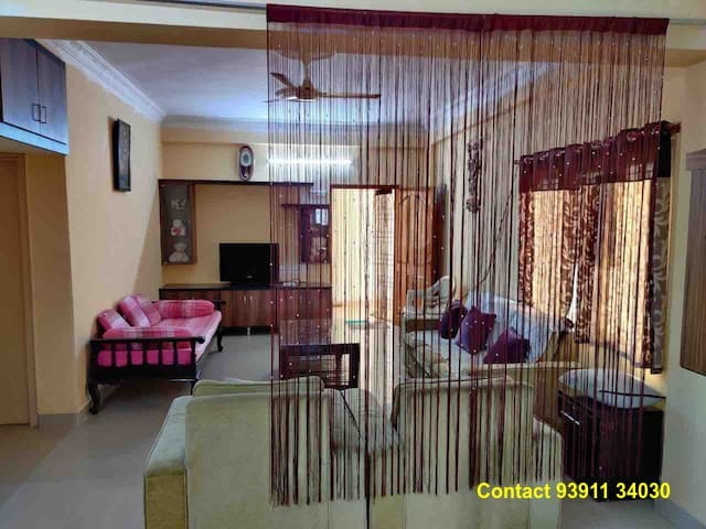 Fully furnished 3BHK flat for family tourists