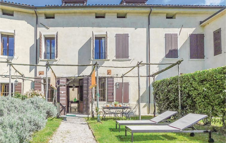Terraced house with 3 bedrooms on 157m² in Cordignano (TV)