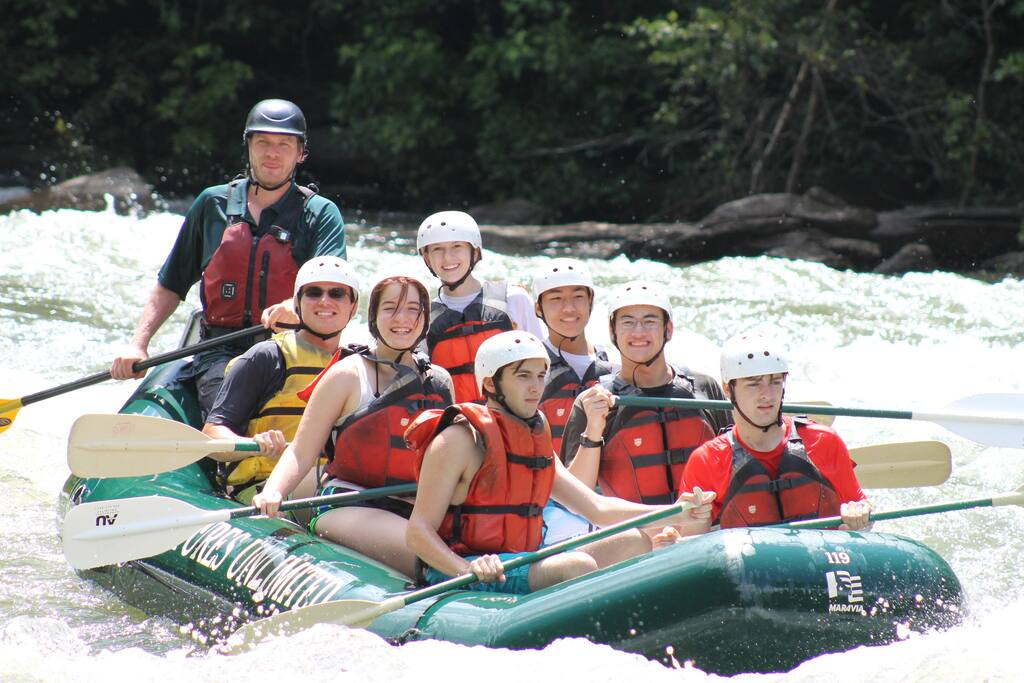 Enjoy Whitewater Rafting on the Ocoee with Adventures Unlimited. Give us a call to set up your trip!
