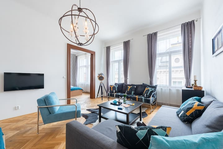 Lovely apartment with balcony in heart of Prague