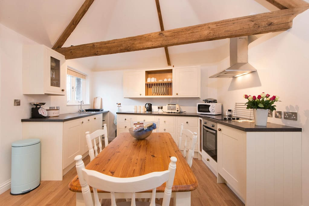 A gorgeous and well appointed kitchen.................Laura from Maidenhead*****