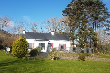 Traditional Irish cottage with stunning views.