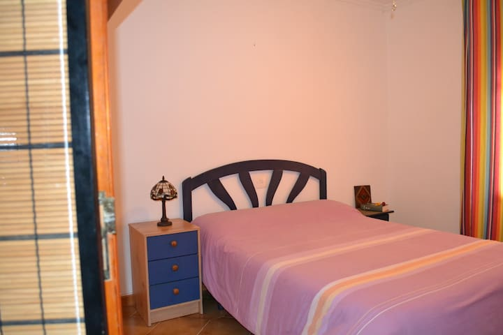 Confortable and nice room in Pedreguer