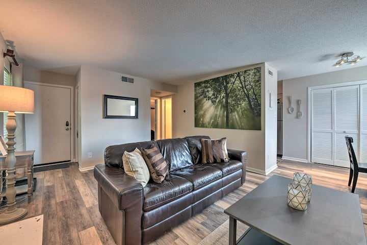 NEW! Modern Condo w/ Fireplace, 8 Miles to Uptown!