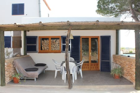 Cozy, quiet and special apartment - Formentera - Hus