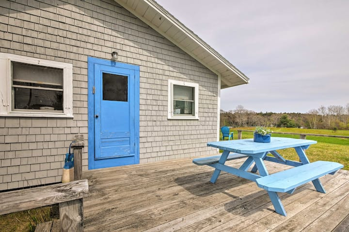 'Blueberry Cottage' on Scenic Back River Cove