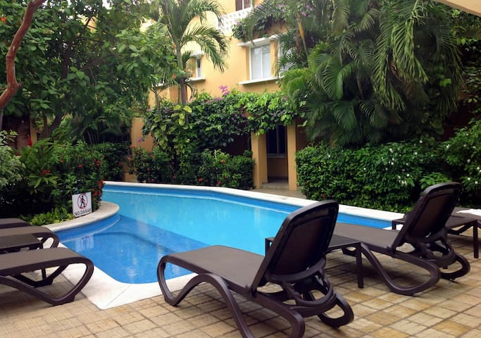 Gorgeous Pool, Terrace & Flat in Hippest Old Town - Cartagena