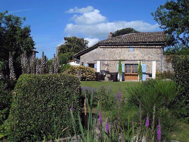 Domaine Charente - Cottage te huur met zwembad - Mazières - Cabin