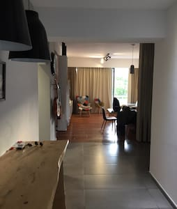 3 bed Apt. in the heart of town - Lemesos - Wohnung