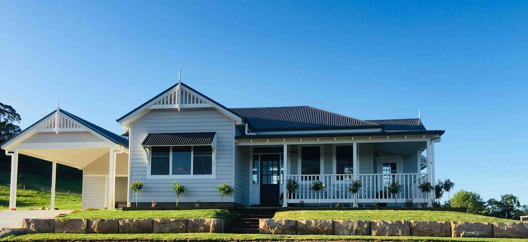 The Cottage -Picton - Relax in Ultimate Luxury