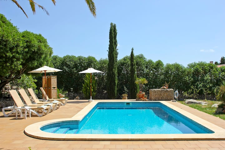 """Rural Holiday Home """"Finca Las Tórtolas"""" with Landscape View, Wi-Fi, Garden, Terraces & Pool; Parking Available"""