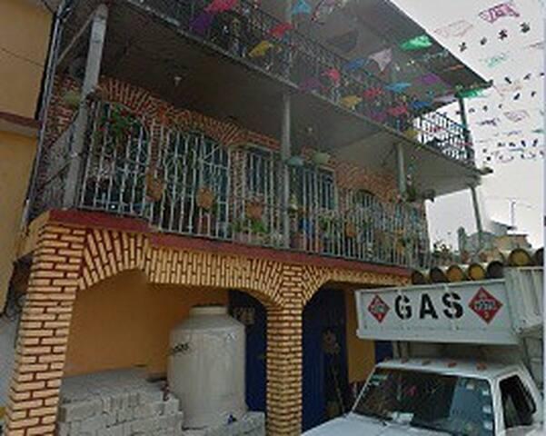 Roomie Santa Fe Carlos A. Madrazo