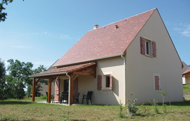 Semi-Detached with 3 bedrooms on 115 m² in Lanzac