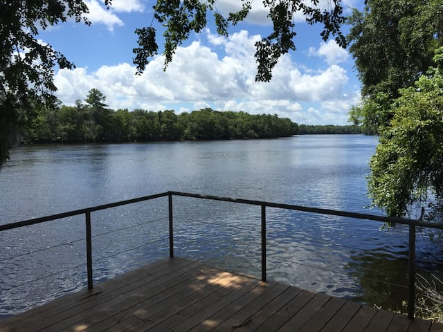 Suwannee River Retreat - Old Town - Dom