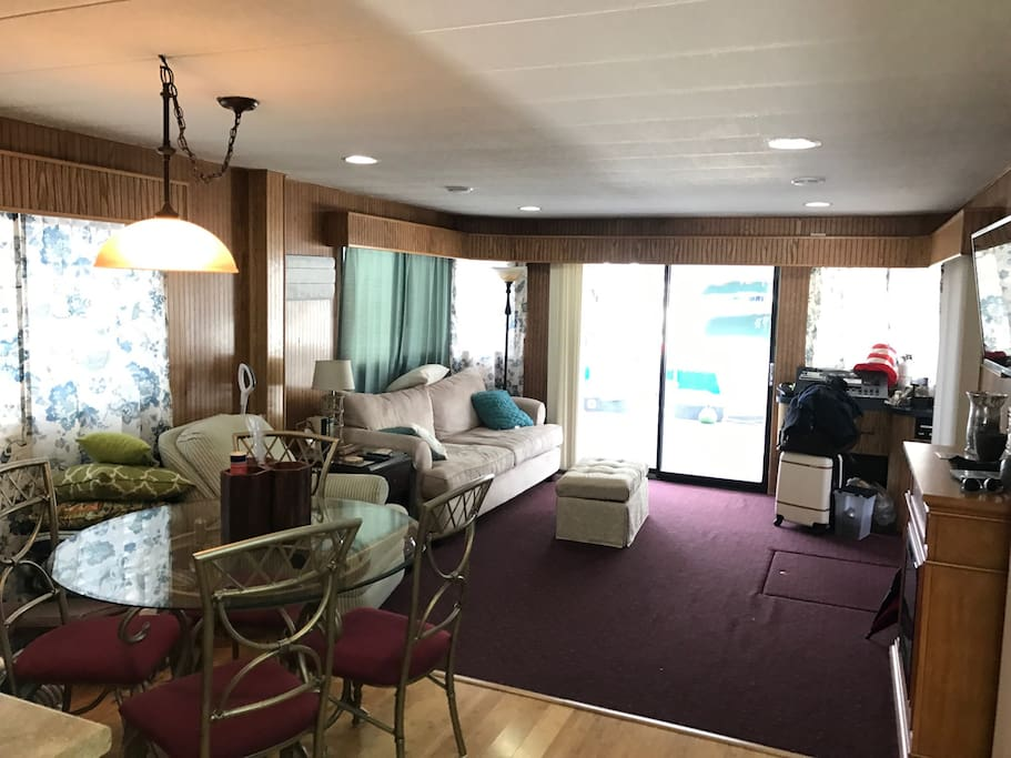 Living Room (galley)